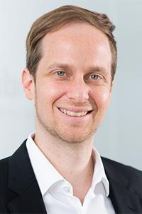 DR. Philip Kanschik Geschäftsführer Policen Direkt